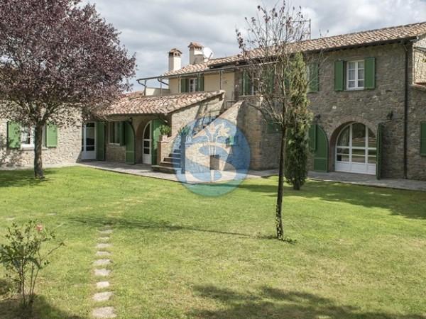 Riferimento SA152 - Rustico - Casolare - Colonica in Affitto a Colline Cortona