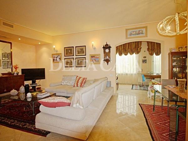 Reference LC2210VB - Appartamento for Vendita in Lido Di Camaiore