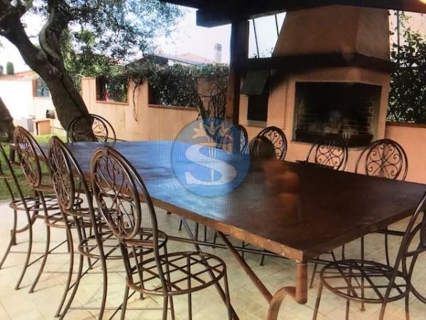 Riferimento SA173 - Villa in Affitto a Querceta