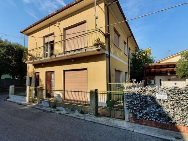 Riferimento 2M2140 - Appartamento in Vendita a Torre Del Lago Puccini
