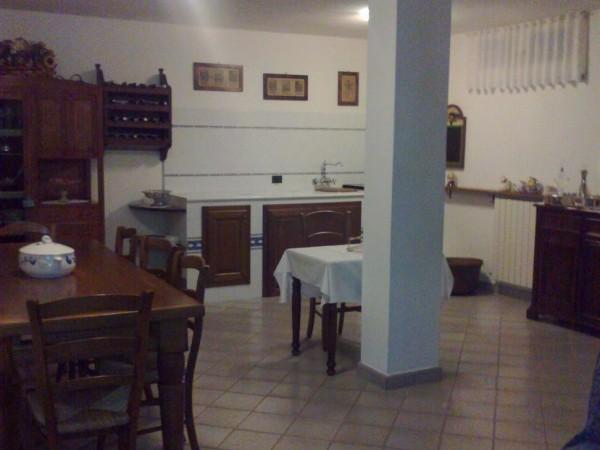 Riferimento 2M2108 - Villa Bifamiliare in Vendita a Torre Del Lago Puccini